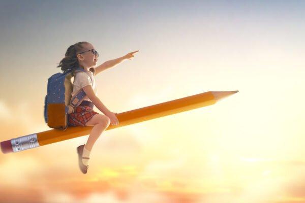 dziewczynka na ołówku